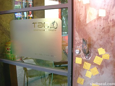 tao lifestyle cafe door