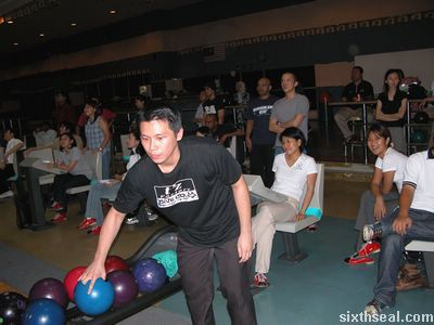 xm_bowling2.jpg