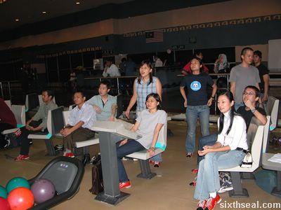 xm_bowling3.jpg