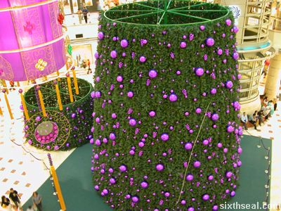 purple_christmas_tree.jpg