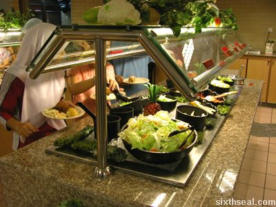 hartz salad bar
