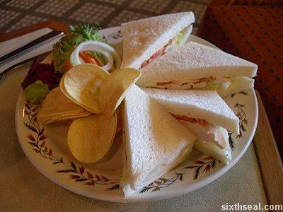 rejang lobby tuna sandwich