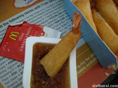 prawn wrapper dipping
