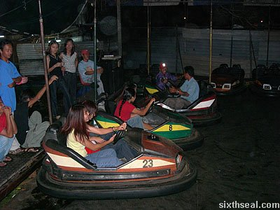 lundu fun fair bumper cars
