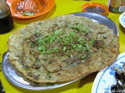 petanak oyster pancake