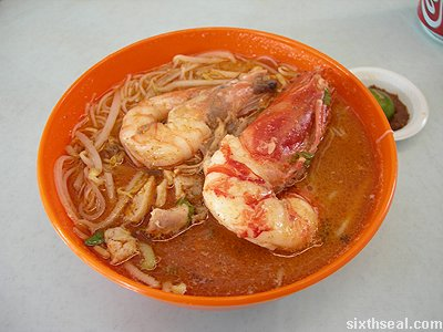 golden arch laksa