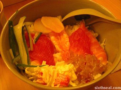 sushi tie chirashi don