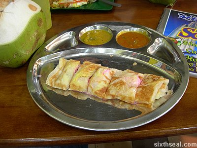 roti pisang cheese strawberry