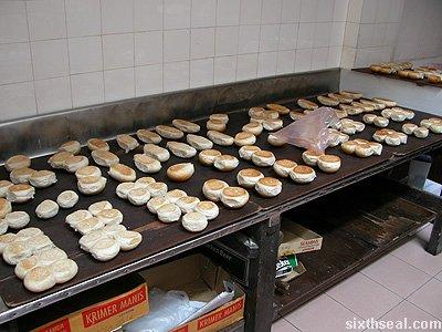 sch empty buns
