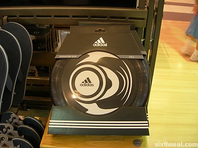 adidas ultimate frisbee