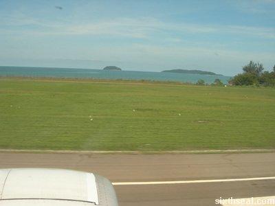 kk airport landing