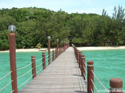 manukan island pier