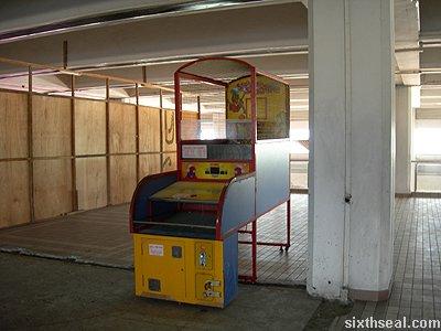 retimed basketball machine