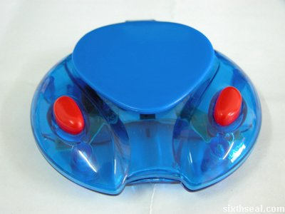 sonic skateboard clamshell