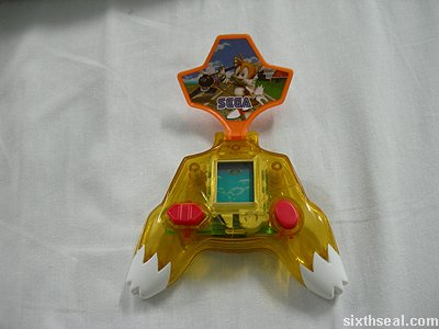 tails sky adventure clamshell