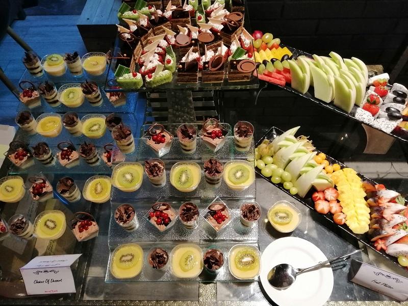 Redtail-Dessert