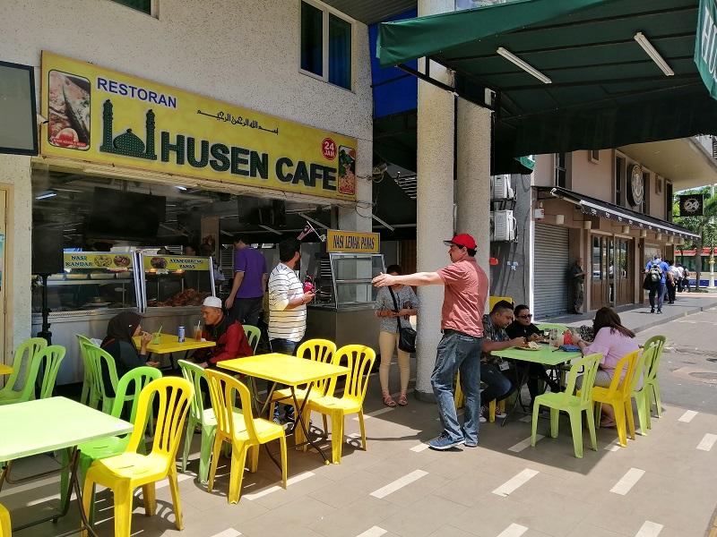 Husen-Cafe