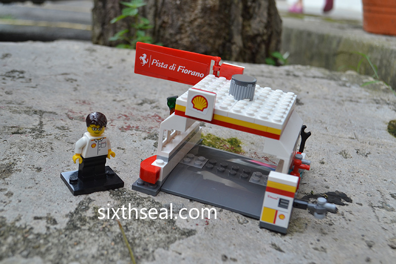LEGO Shell Station