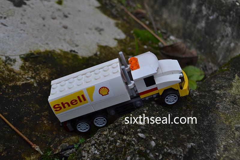 LEGO Shell Tanker