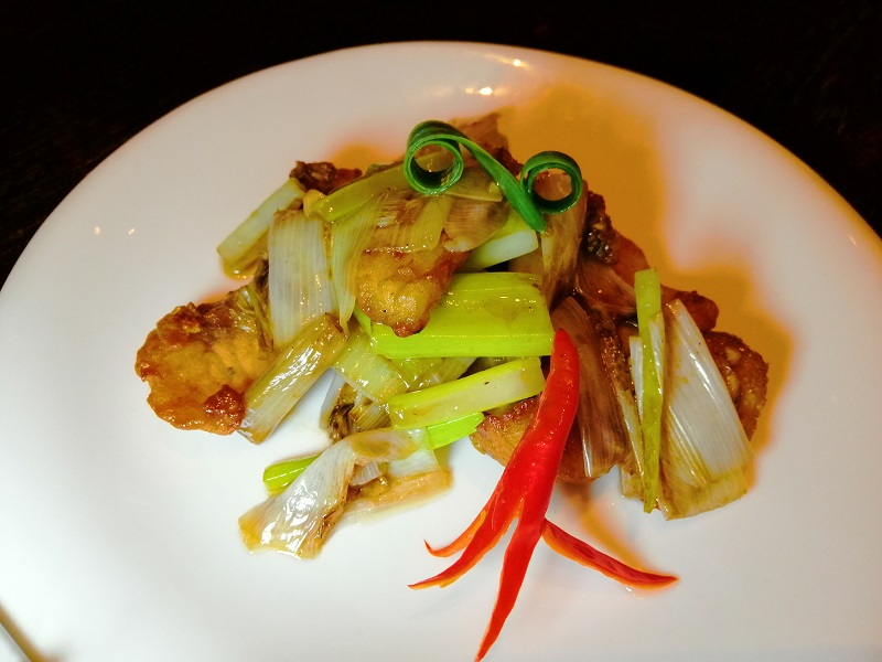 Stir-fried-seabass-with-leek