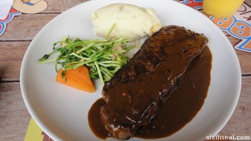 beefy steaks sirloin