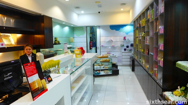 patchi chocolate store