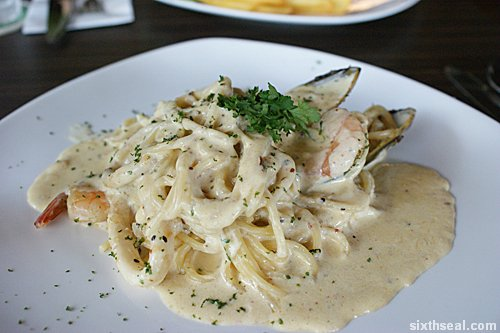 bondi seafood pasta