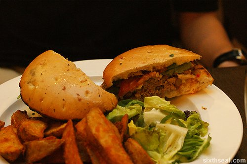brunos pork burger