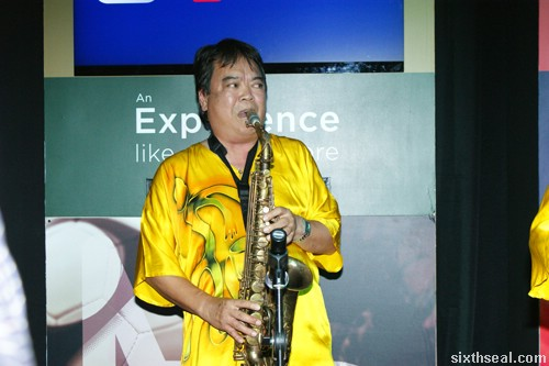 astro byond saxophone