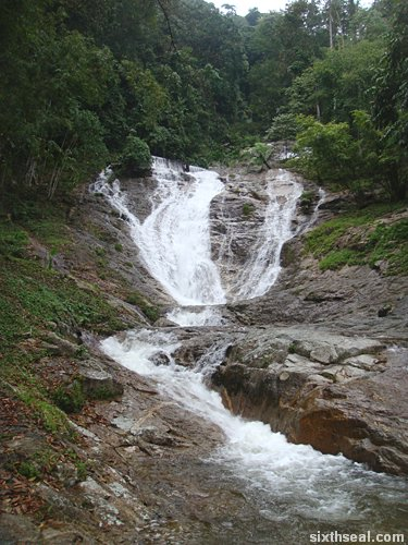 lata iskandar waterfall