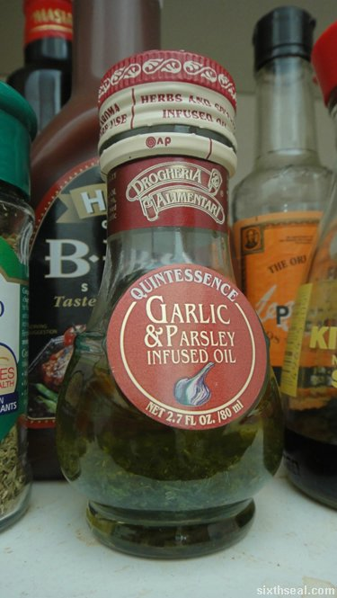 garlic parsley oil