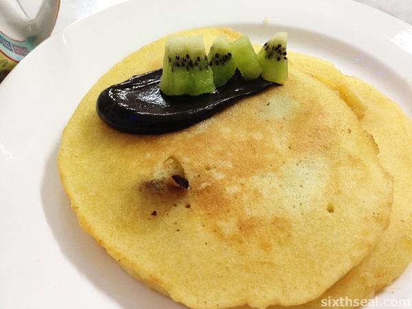 emu kangaroo pancake