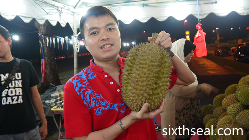 Largest 54kg Durian