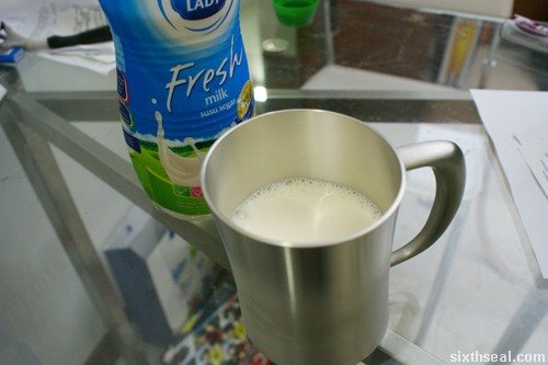 dutch lady fresh milk