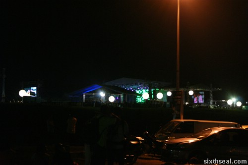 rain concert