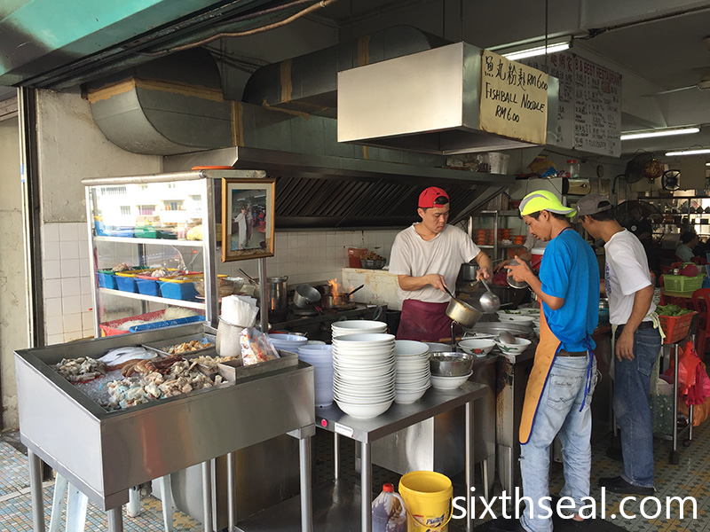 B Best Seafood Noodles