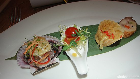 Chilled Scallop with Jellyfish and Marinated Cherry Tomatoes