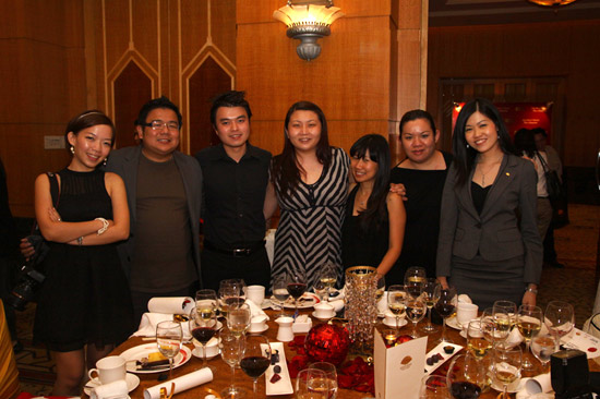 martin yan dinner group photo