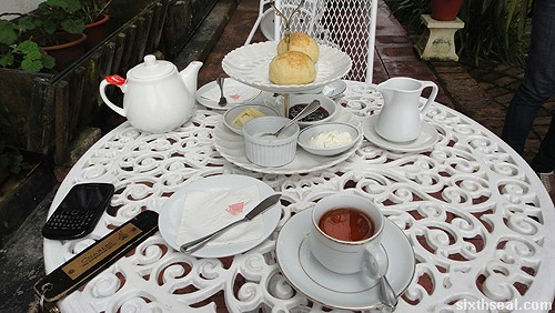 devonshire tea frasers hill