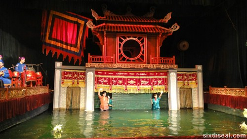 Thang Long Water Puppet Theatre ending