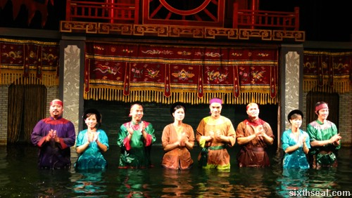 Thang Long Water Puppet Theatre master of puppets