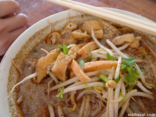 happy laksa macro