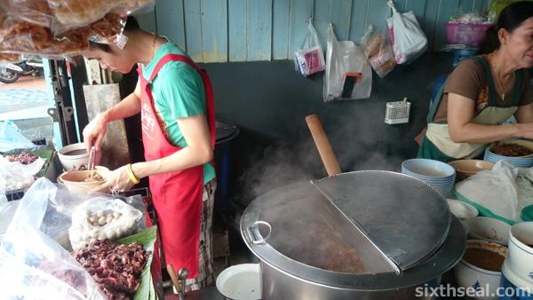 boat noodle soup thailand