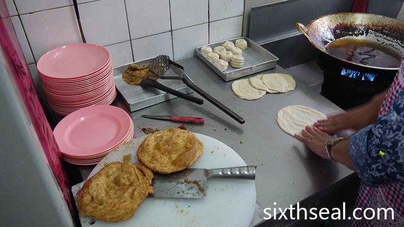 Roti Canai Goreng Kapit