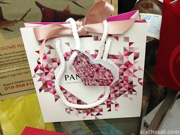 pandora valentines bag