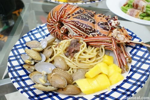 lobster and clam pasta with mango final