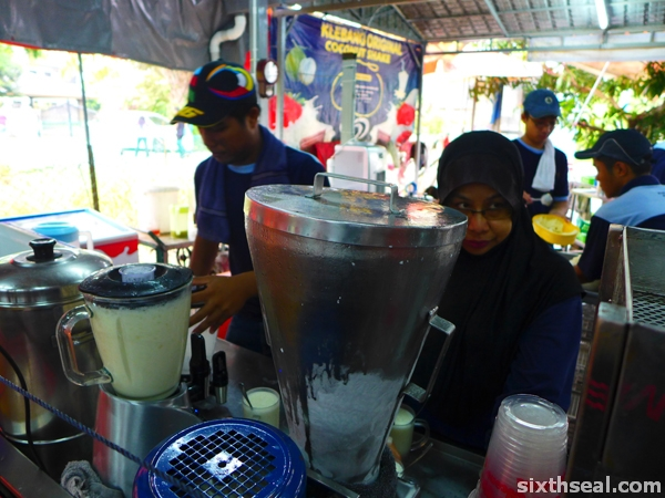 melaka famous coconut shake