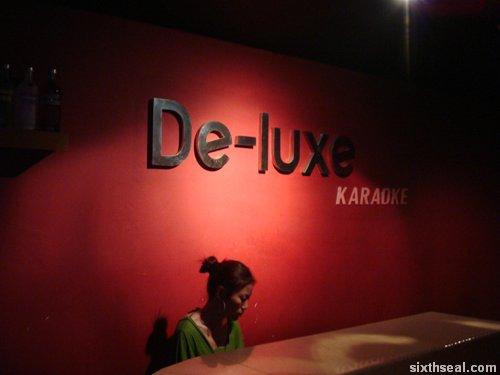 de-luxe karaoke