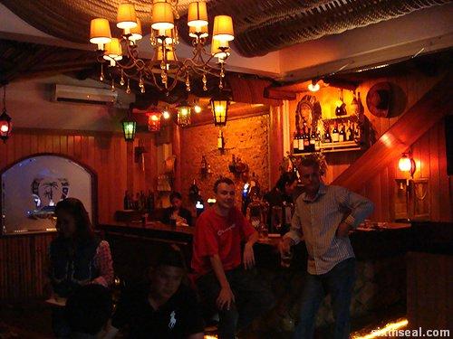 island club bar
