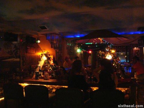 island pub lounge